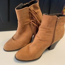 Charming Charlies Danay Fringe Brown Camel Ankle Booties Boots Size 10 Great
