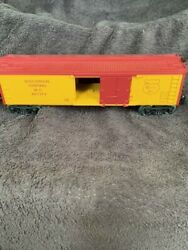 Lionel Wisconsin Central, Refrigerator And Tank Car Together, Used With Box