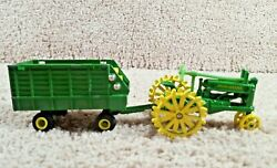 Ertl 1/64 Diecast John Deere Tractor With Steel Wheels And Forage Silage Wagon