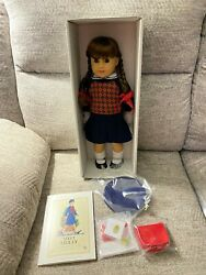 Nib American Girl Molly 35th Anniversary Doll And Accessories