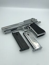 Tokyo Marui Airsoft Gas Pistol Desert Eagle Chrome Stainless With 2 Mags E6