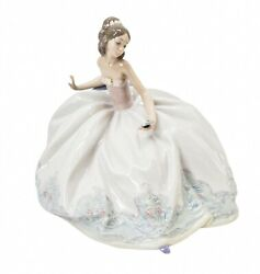 Lladro At the Ball 5859 Woman in Gown on Couch Porcelain Figurine Mint in Box
