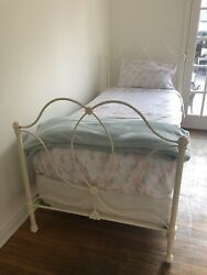 Pottery Barn Kids Allie Iron Bed Headboard And Footboard Antique White Twin