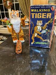 Walking Tiger Battery Operated Remote Control Toy By Marx W/rare Htf Box 196oandrsquos