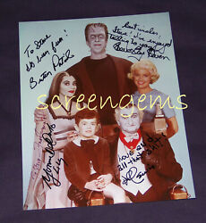The Munsters Color Photo Signed Full Cast Fred Gwynne Beverley Owen Al Lewis