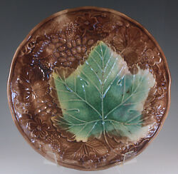 Victorian Majolica Vine And Strawberry With Green Leaf Plate Dark Brown