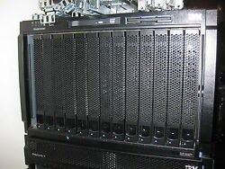 IBM Blade Center 8677  with 14 X HS21 XMs 7995