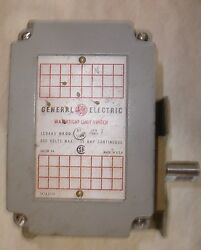 Ge Watertight Limit Switch General Electric Ic9445 D200 15 Amp 600 V