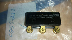 Micro Switch Genuine Part Bz-r814-p5 New Old Stock No Manufacturers Box
