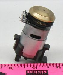 Lionel 1207-101 Dc Motor Lion Drive With Flywheel And Sensor
