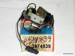Nos Mopar 1977 Distributor Pick Up And Plate With Electric Ignition 3874839