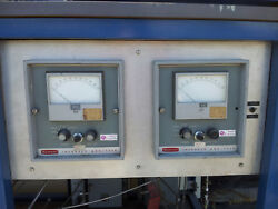 Beckman CO & CO2 Gas Analyser Cart including filters and sample pumps
