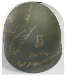 Signed Usa Medal Of Honor Recipients Army Helmet 20 Heroes W/pics