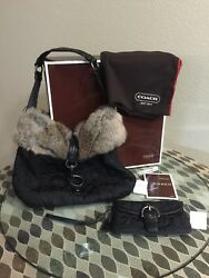 Coach Hand Bag And wristlet Cluch Wallet