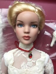 Tonner Tyler 16 Victorian Social Cami Dressed Fashion Doll 2014 Le 200 No Box