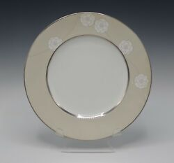 Royal Doulton Bone China Enchantment Accent Plate 9 Pearls Blooms New