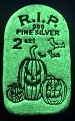 5 - Limited Edition Tombstone Glow In The Dark Jack-o-lantern-2 Oz Silver Bars