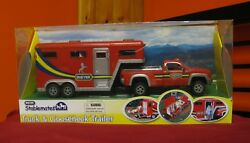 BREYER STABLEMATES RED GOOSENECK PICK-UP TRUCK AND TRAILER WITH BOX
