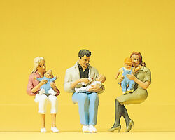 Preiser 45024 122.5 G Scale Lgb Gauge Seated Parents With Children - New - Mib