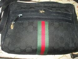 Authentic Gucci black red green canvas leather shoulder bag clutch crossbody