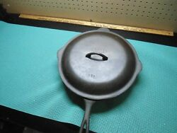 #12 Cahill skillet and lid made by Lodge 1910-1930 (EC)