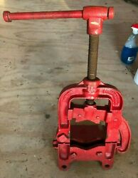 Vintage The Armstrong Mfg Co 2 Pipe Vise Large Rare 1882 Antique Original Paint