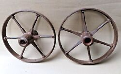 Antique Wrought Iron Wagon Wheel Of Cart Drive By Animal Bygone Automobilia