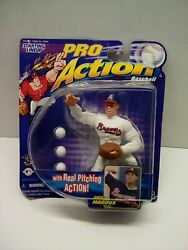 Starting Lineup 1998 MLB Pro Action Greg Maddux Figurine w real pitching action