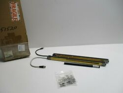 Omron F3sj-a0443p14 Safety Light Curtain New In Box
