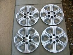 Chevrolet Traverse 2009-2013 17 Hubcaps Wheelcover Set Of Four Oem 9597564