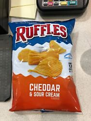 Ruffles cheddar & sour cream chips 2 58 ounce bag defective missing 90% chips.