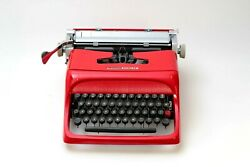 Olivetti Studio 44 Mint Condition- Glossy Red- Mint Condition