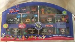 Littlest Pet Shop PETS FROM AROUND THE WORLD Target Exclusive Rare  NICE