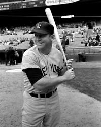 Mickey Mantle 8x10 Glossy Photo Picture Image 5