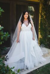 Used Wedding Dress Jlm Couture Hayley Paige Ivory Lace Tulle Bijou 6652 Size 14