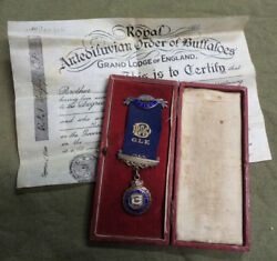 D252. 1938 Silver Medal For Grand Lodge England, Antedivian Order Buffaloes