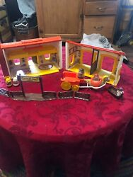 Weeble Wobble Weebles West Western Town Hasbro Playset 1974 Lot