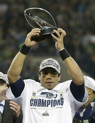 Russell Wilson Seattle Seahawks 8x10 Glossy Photo Picture Image 2