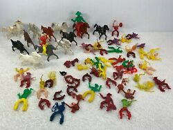 Lido Mounted Cowboy And Horses Western Lot Swivel Waist 35+ Pieces Plastic Toy