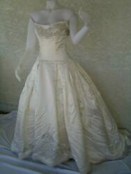 Reem Acra Off White Beaded Strapless Formal Wedding Dress With Train Size 6