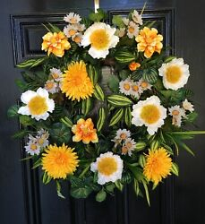 Xlg Year Round Wreath-white Poppies With Yellow Daisies And Wildflowers