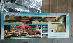 Dickensville Collectables Christmas Train Engine Caboose Cars Track Station Nib