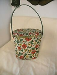 Vintage Red Roses Needle Point Collectible Vinyl Brunch Bag With Thermos