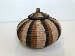 Vintage Hand Woven Traditional African Zulu Basket W Lid, 7 Tall, 9 Widest