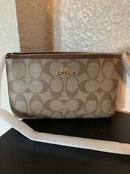 NWT Coach Large Wristlet in Signature Canvas with Chain Khaki And Saddle $69.99