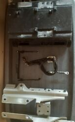 02-08 Jaguar X Type Battery Cover And Bracket Assembly
