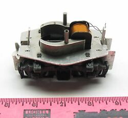 Lionel 621-101 Motor Truck And Field