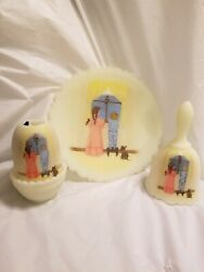 Fenton Glass 3 Piece Platebell Candle Lite Looking For Santa Excellent