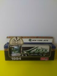 Matchbox 1994 Team Collectible - New York Jets Tractor Trailer Limited Edition
