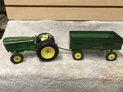 Vintage Ertl Toys John Deere Utility Tractor 584 With Green Wagon
